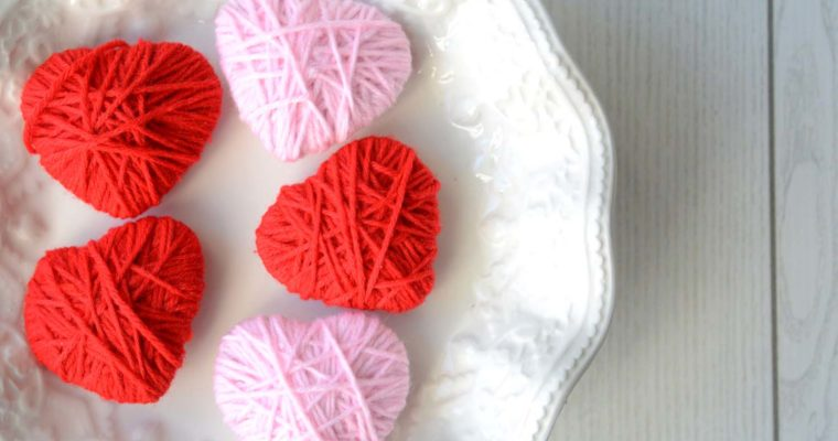 San Valentino fai da te: cuori di lana shabby chic