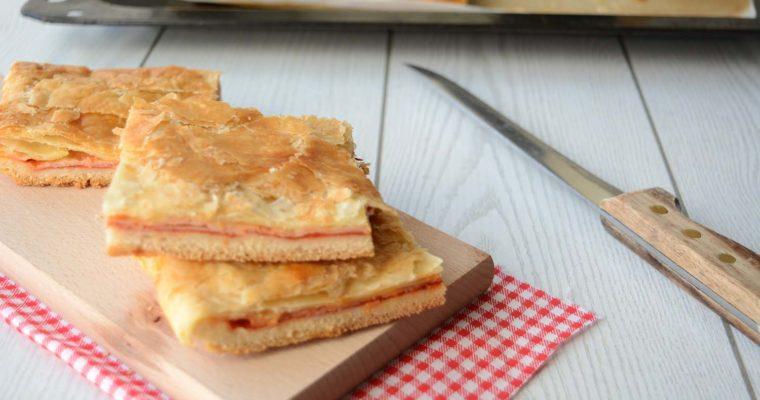 Pizza Parigina, il classico dello street food napoletano