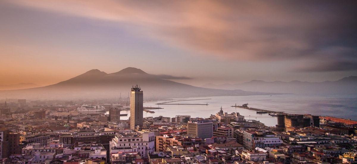 L'amica geniale: viaggio nella Napoli di Elena Ferrante | Movie Tour