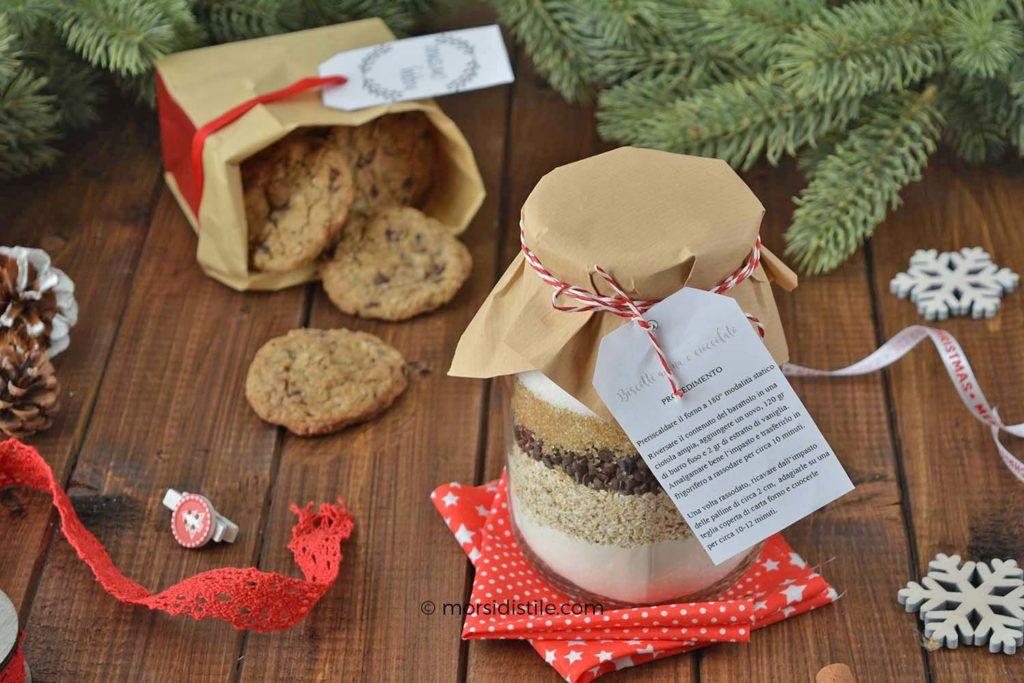 regalo in barattolo di natale biscotti avena e cioccolato