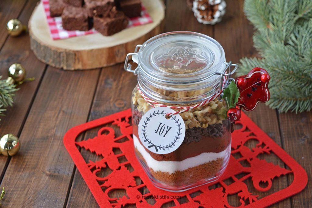 Ricetta Brownies In Barattolo.Preparato Per Brownies Al Cacao Regalo In Barattolo Per Natale Morsi Di Stile Storie E Spunti Ni Di Gusto